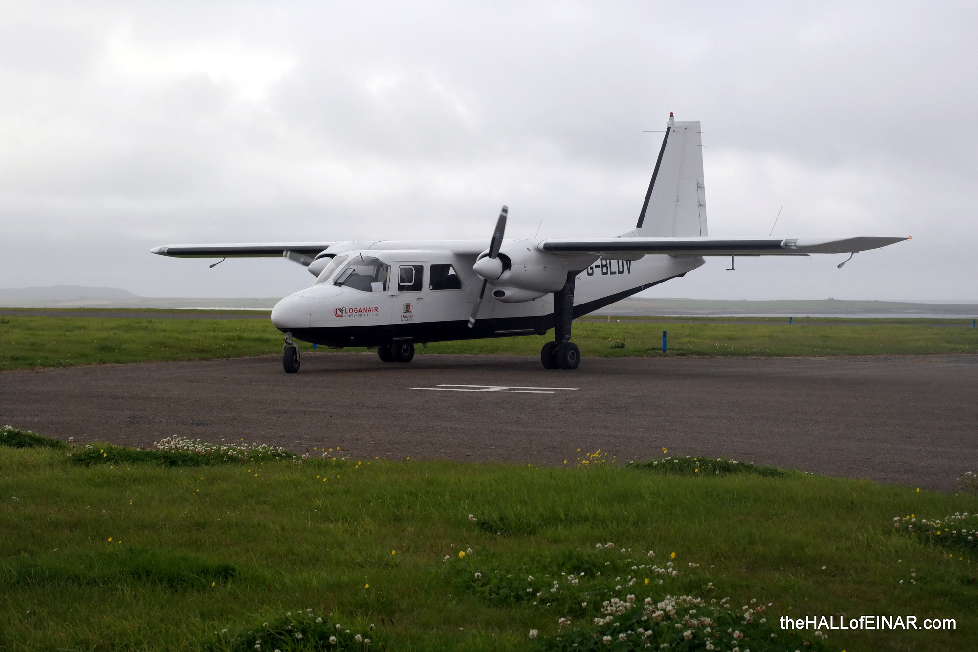 The flight between Westray and Papa Westray