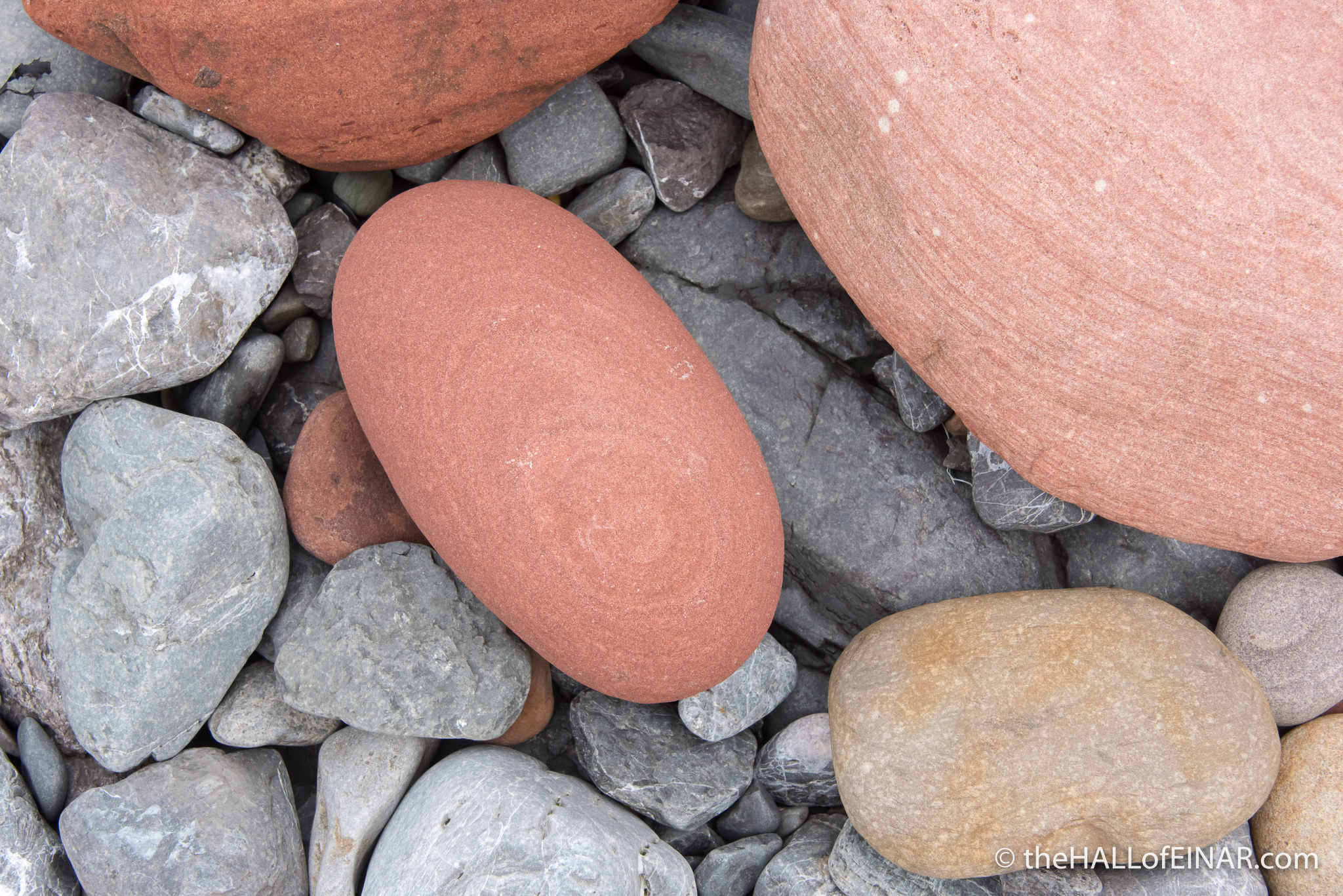 Rapness Rocks - The Hall of Einar - photograph (c) David Bailey (not the)