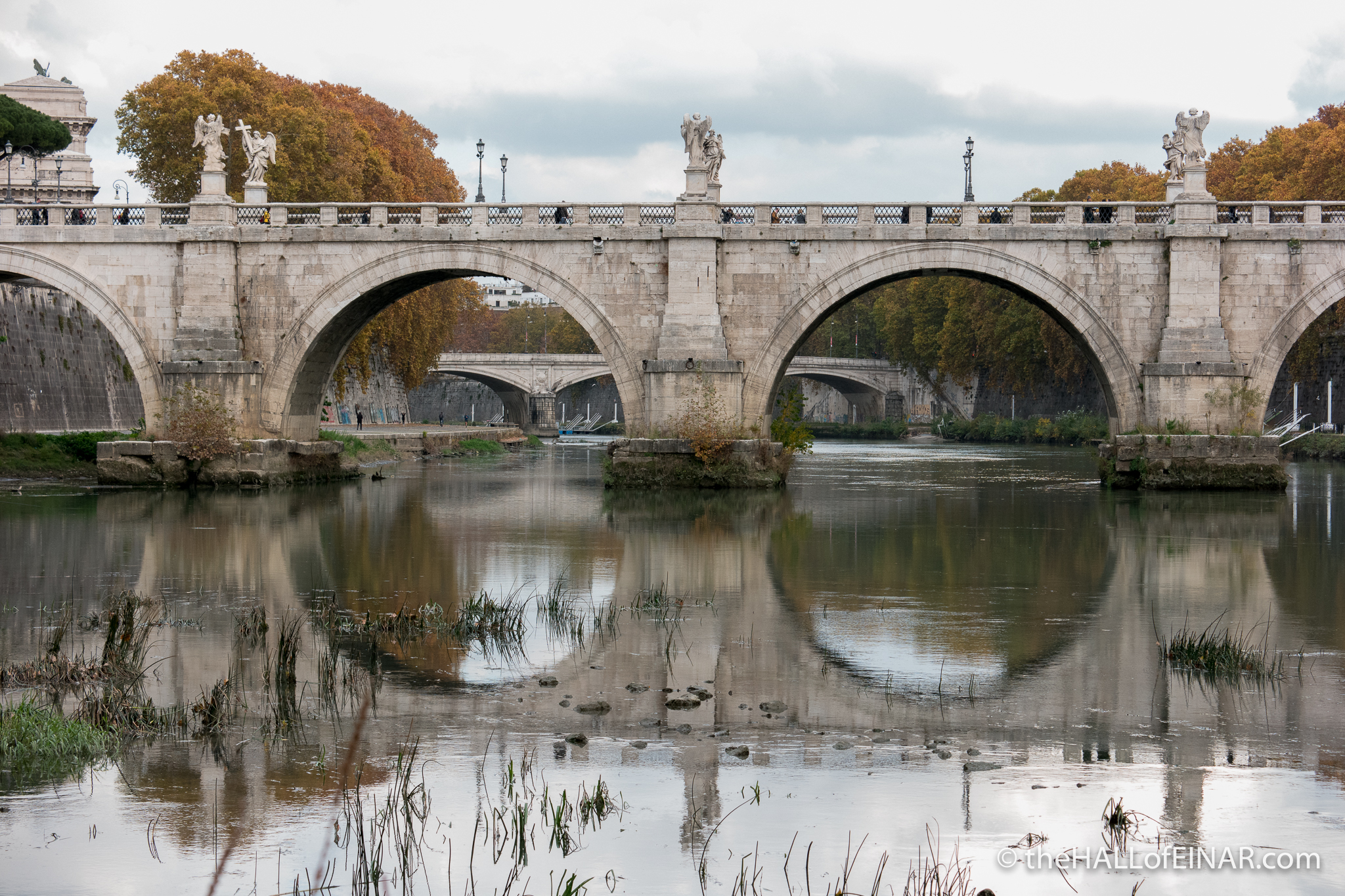 River Tiber - The Hall of Einar - photograph (c) David Bailey (not the)