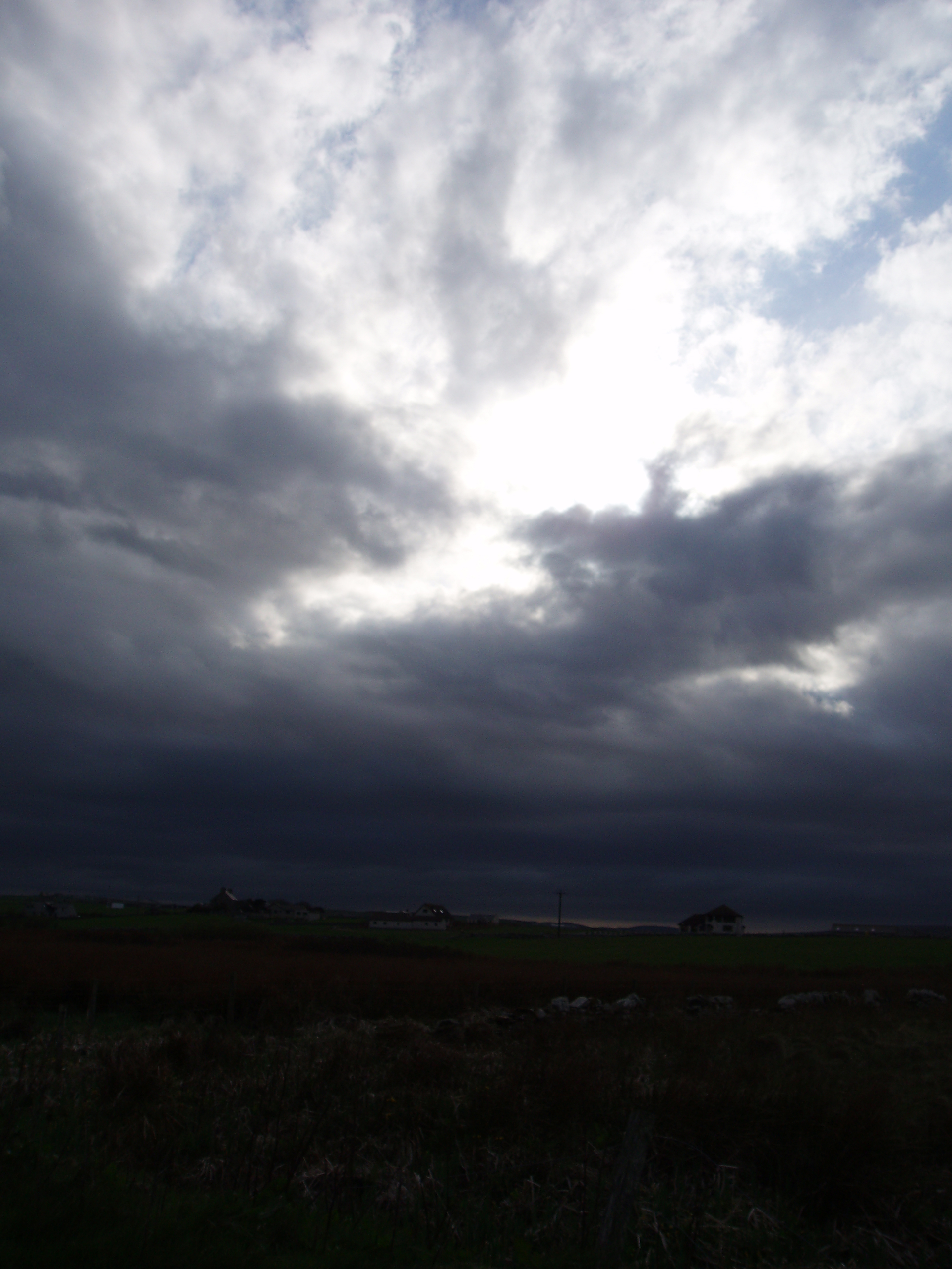 Arriving in Orkney - photograph (c) 2007 David Bailey (not the)