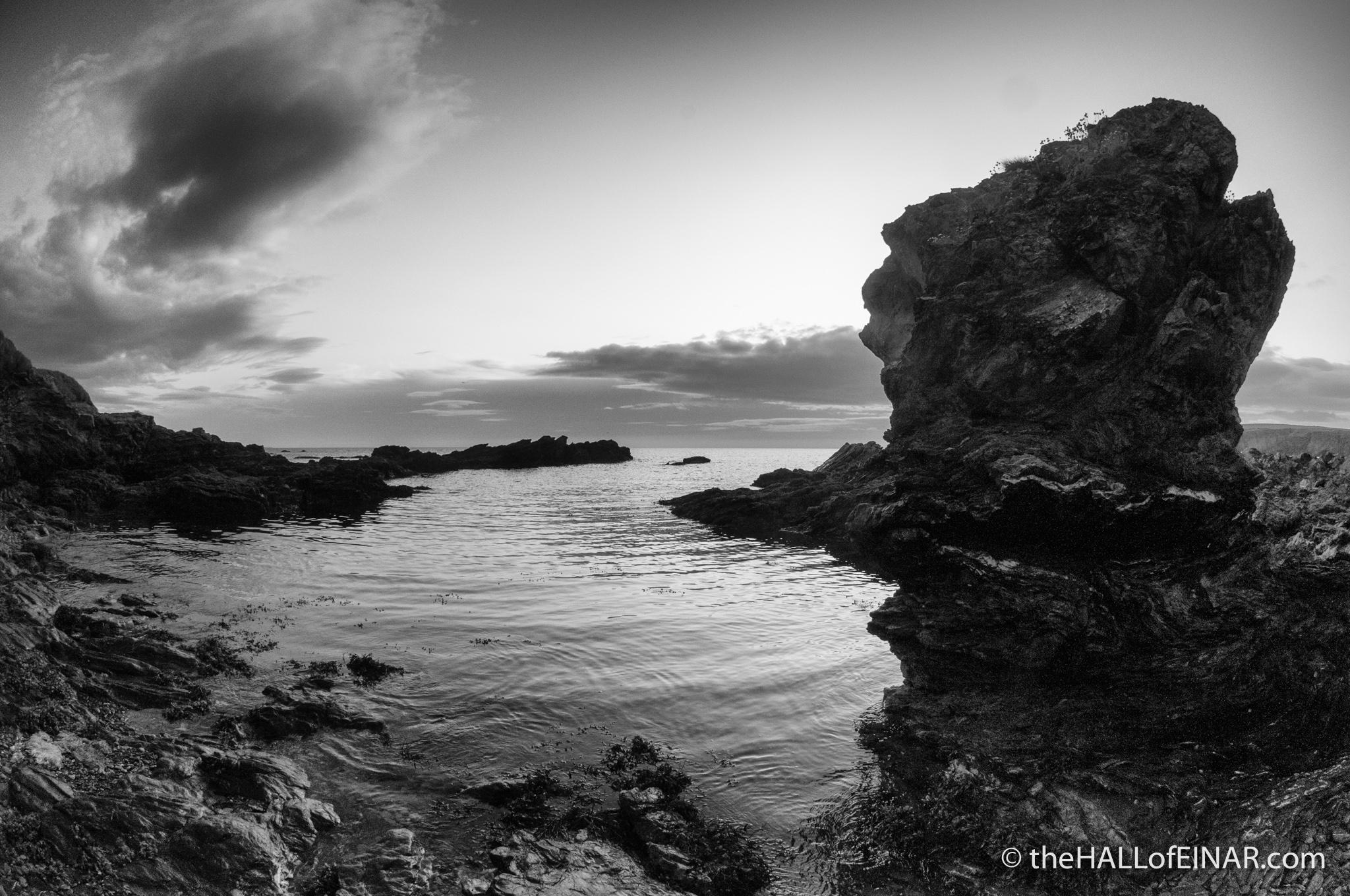 Miniature rock stack - photograph (c) 2016 David Bailey (not the)