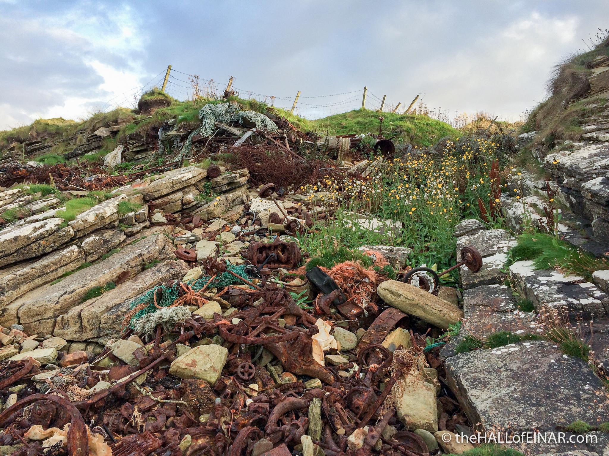 Metal beachcombing - The Hall of Einar - photograph (c) David Bailey (not the)