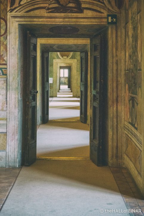 Tivoli - The Hall of Einar - The Hall of Einar - photograph (c) David Bailey (not the)